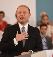 [WATCH] Muscat pitches Labour's economic success in call for trust
