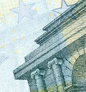 Malta's €8.5 median gross hourly earnings below EU average