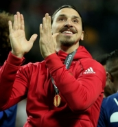 Zlatan Ibrahimovic could still be offered a new contract