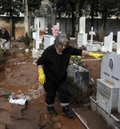 [WATCH] Greece: illegal construction played central role in flash floods that killed 20