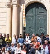 Crowds descend on Valletta in support of PN's demonstration