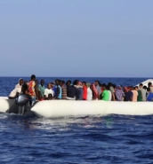74 dead asylum-seekers wash up on Libyan beach from boat with no engine