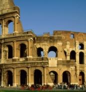 5.6-magnitude earthquake hits central Italy