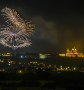 [WATCH] Pyrotechnic show lights up Haz-Zebbug skies