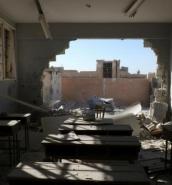 Schoolchildren among 35 dead in Syria air strike