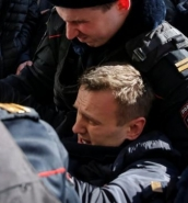 Russian opposition leader arrested at anti-corruption protest