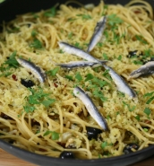 Spaghetti with fennel and anchovies