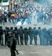 More than 20 hurt, 39 detained at Venezuela protests