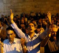 Israeli police bar Muslim young men from entering holy area