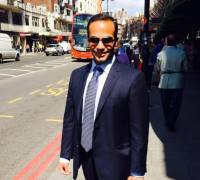 Trump-Russia inquiry: three key aides indicted, including Papadopoulos
