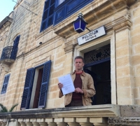 Police charge BBC naturalist Chris Packham with insulting bird trappers in Gozo