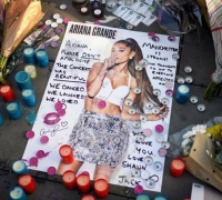 Ariana Grande to hold benefit concert for Manchester victims