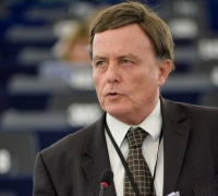 Sant urges clarity from EU over financial implications of Brexit