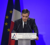 French magistrate to investigate Fillon 'fake jobs' allegations