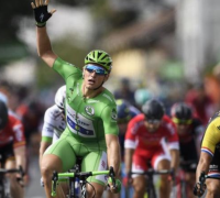 Tour de France 2017: Five-star Marcel Kittel wins again with late sprint in Stage 11
