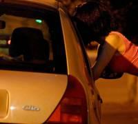 PD: Criminalise those who seek prostitution, decriminalise those who are prostituted