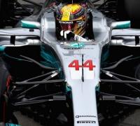Hamilton wins Pole in Canada