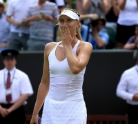 Wimbledon: Maria Sharapova easily beats Richel Hogenkamp to advance