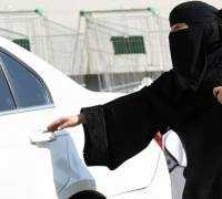 Saudi Arabia: women finally allowed to drive