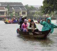 Vietnam: death toll climbs to 61 after typhoon Damrey