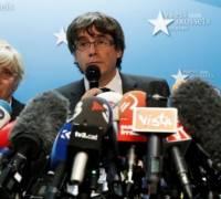 Catalonia crisis: 'I'm not in Belgium to seek asylum', Puigdemont