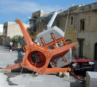 Sentence for fatal crane collapse halved on appeal after court finds contributory negligence