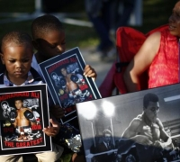 Final tribute to 'The Greatest' unfolds in Muhammad Ali's hometown