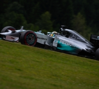 Mercedes duo Hamilton-Rosberg fastest in Austrian GP practice