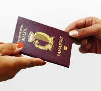 Who got Maltese citizenship in 2013? Aussies, Brits and Yanks…