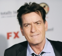 Updated | Charlie Sheen confirms he is HIV positive