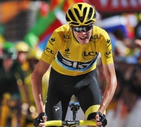 Chris Froome closes in on Tour victory