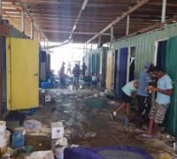 [WATCH] Manus island: police storm island refugee camp