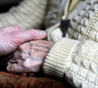 Elderly suffer in 'deprived' old people's homes