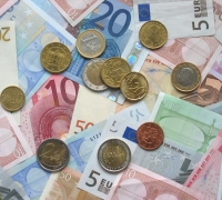 Recurrent revenue grows by €141 million