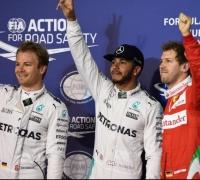 Lewis Hamilton beats Nico Rosberg to Bahrain pole position