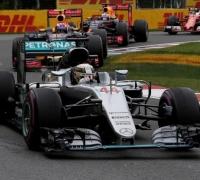 Hamilton holds off Vettel for fifth Canada win