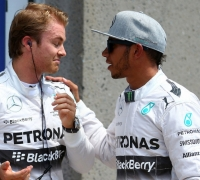 Hamilton, Rosberg may be split