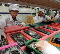 Apple supplier stops illegal overtime at iPhone X factory