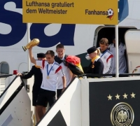 Germany welcomes world champions home