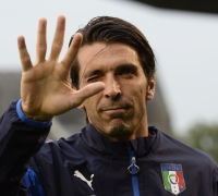 [WATCH] Will Italy make it to the World Cup?