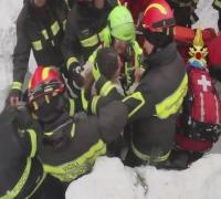 Ten found alive in Rigopiano hotel following avalanche