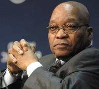 South African President Zuma survives no-confidence vote