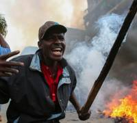 Deadly protests in Kenya over election fraud claim as commission denies system was hacked