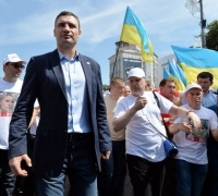 Klitschko puts politics before boxing
