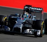 Mercedes ahead at Hockenheim, but Ricciardo closes in