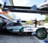 Hamilton beats Ferraris to Monza pole
