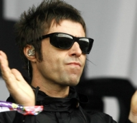 [WATCH] Former Oasis frontman Liam Gallagher sings Wonderwall with Maltese fans