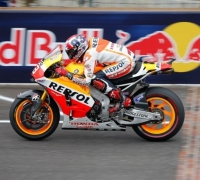 Marquez rides to eighth pole of 2014 at Indy