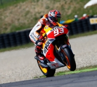 Márquez takes sixth win in a row at Mugello