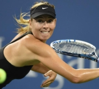 US Open: Sharapova surges through, Halep and Venus fight back